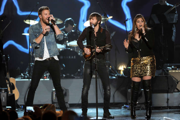 Lady antebellum ready to look good sunday at merriweather post charles kelley and from left dave haywood and hillary scott of the musical group lady antebellum perform at acm presents an all star salute to the m4hsunfo