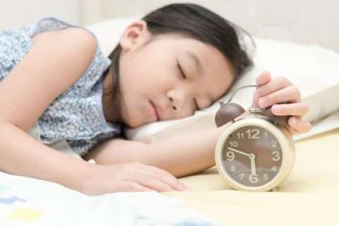 Melatonin for Kids: Hit the Snooze or Not?