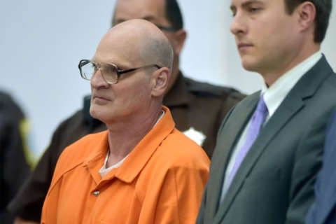 Welch pleads guilty in '96 Pr. William Co. sexual assaults, apologizes