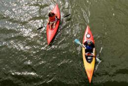 Heather McAusland, left, and Eric Papula of Virginia kayak along the Potomac River near the Theodore Roosevelt Island, Saturday, June 9, 2007, in Washington. (AP Photo/Haraz N. Ghanbari)