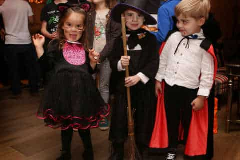Quick, inexpensive DIY Halloween costumes