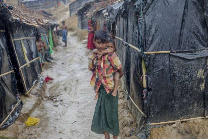United Nations tells Burma to end military operation against Rohingya Muslims