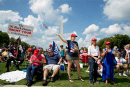 """WASHINGTON, DC - SEPTEMBER 16: Pro-Trump supports raliy on the National mall on September 16, 2017 in Washington, DC. Organizers are calling the rally in support of President Donald Trump  """"The Mother of All Rallies"""",  President Trump is in New Jersey ahead of attending the U.N. General Assembly next week.  (Photo by Tasos Katopodis/Getty Images)"""
