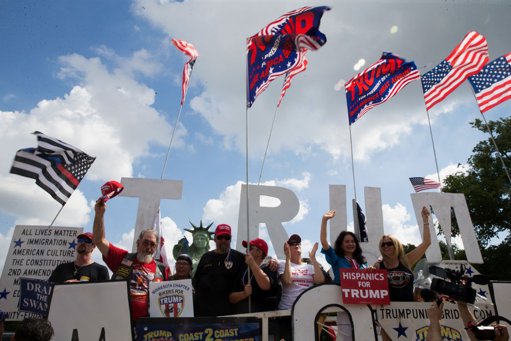 """WASHINGTON, DC - SEPTEMBER 16: Pro-Trump supporters rally on the National mall on September 16, 2017 in Washington, DC.   Organizers are calling the rally in support of President Donald Trump  """"The Mother of All Rallies"""",  President Trump is in New Jersey ahead of attending the U.N. General Assembly next week.  (Photo by Tasos Katopodis/Getty Images)"""