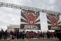 WASHINGTON, DC - SEPTEMBER 16:  People gather for a rally during the Juggalo March takes off from the Lincoln Memorial on the National Mall, on September 16, 2017 in Washington, DC. Fans of the band Insane Clown Posse. known as Juggalos, asre protesting their identification as gang by the FBI in a 2011 National Gang Threat Assessment,  (Photo by Tasos Katopodis/Getty Images)