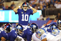 EAST RUTHERFORD, NJ - SEPTEMBER 18:  Eli Manning #10 of the New York Giants calls a play in the fourth quarter against the Detroit Lions during their game at MetLife Stadium on September 18, 2017 in East Rutherford, New Jersey.  (Photo by Abbie Parr/Getty Images)