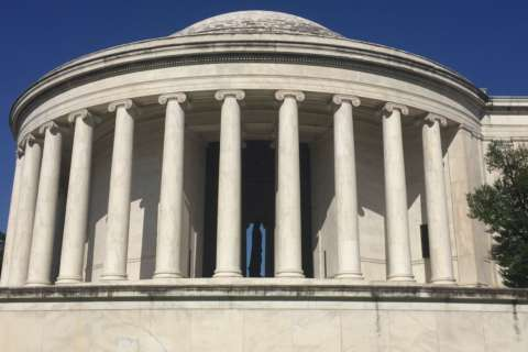 Lasers vs. grime: Park service says treatment wiped out Jefferson Memorial's black film