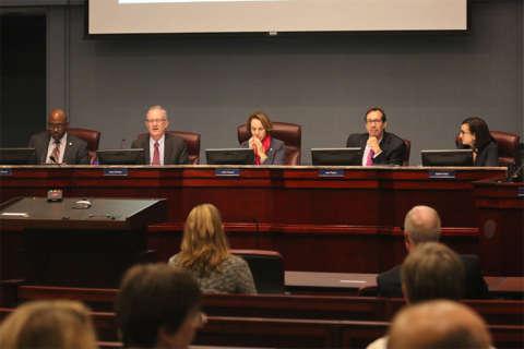 Arlington allocates $100,000 for legal aid to immigrants facing deportation