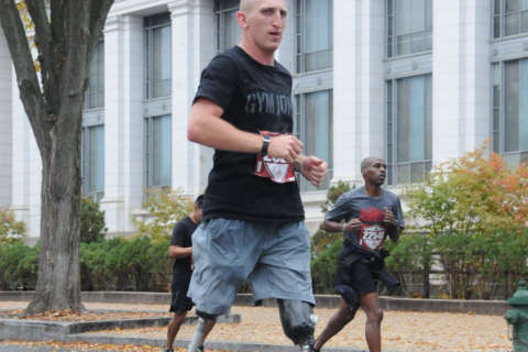 Veteran running for wounded warriors nears finish line after month of marathons