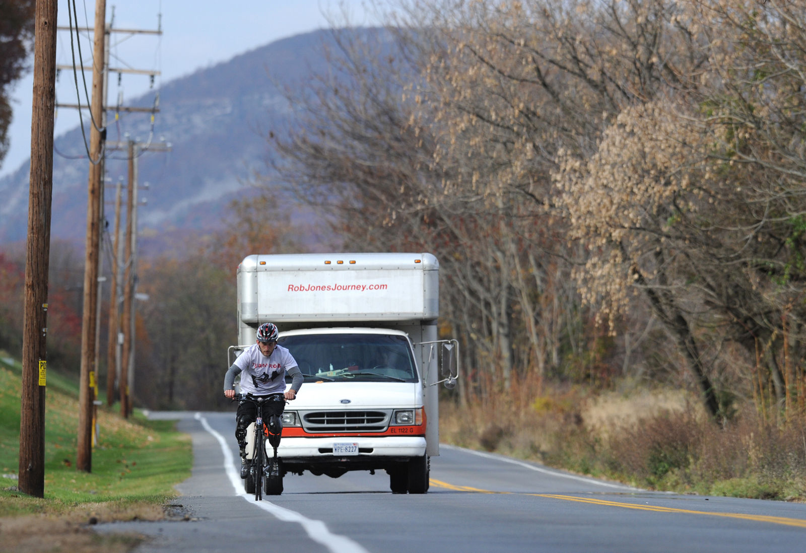 It took Jones six months to cross the U.S. by bike. He started the 5,200-mile journey in Bar Harbor, Maine, in 2013 and ended in San Diego, California, in 2014. (Courtesy Rob Jones Journey)