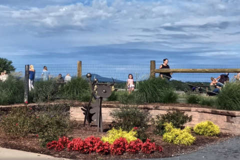 Tourists love Loudoun; county draws 3rd highest travel spending in state