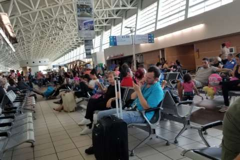 'Like a war zone': People from DC area head to Puerto Rico after the storm