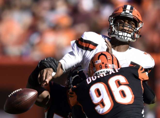 Browns DE Myles Garrett (ankle) expected to stay sidelined Sunday