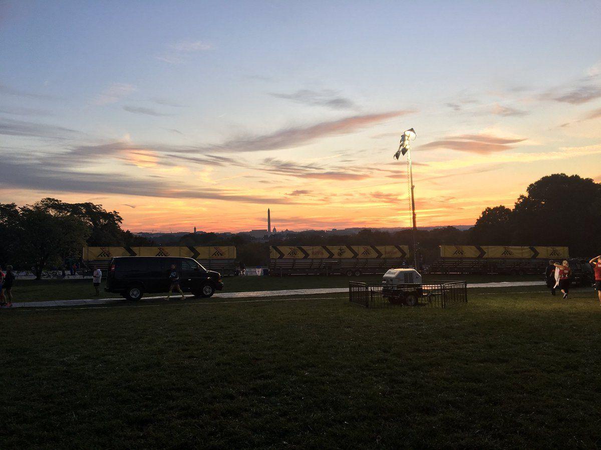 Sunrise near the start of the Marine Corps Marathon. (WTOP/Sarah Beth Hensley)