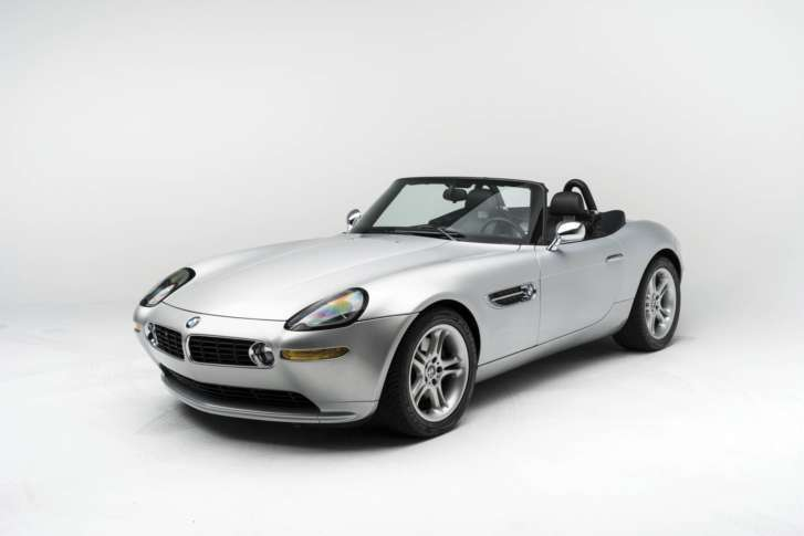 Fantasy_Cars_Auction_45664 In This 2017 Photo Provided By RM Sothebyu0027s, A  2000 BMW Z8 Owned Bay Steve Jobs Is Shown. The Apple Founderu0027s Convertible  Is ...