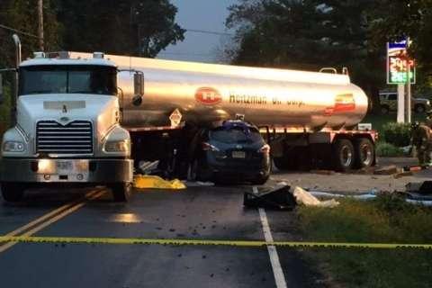 Tanker crash causes hazmat situation in Loudoun County