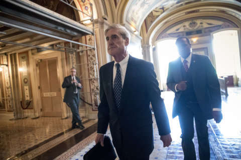 Russia investigation brings first charges: Report
