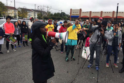 Marchers push to turn Southeast DC food desert into oasis