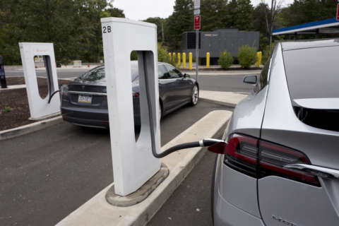 Virginia seeks to expand network of electric vehicle charging stations