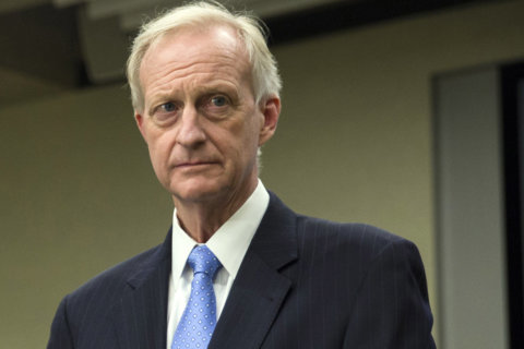 DC Council cuts Jack Evans' responsibilities amid federal probe