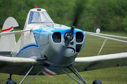 One person killed in plane crash in Warren County