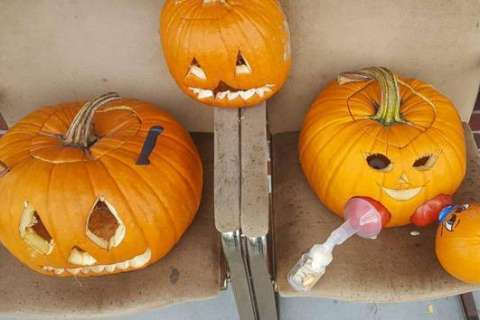 Mom's breast-feeding pump-kin carving hits home for women on social media