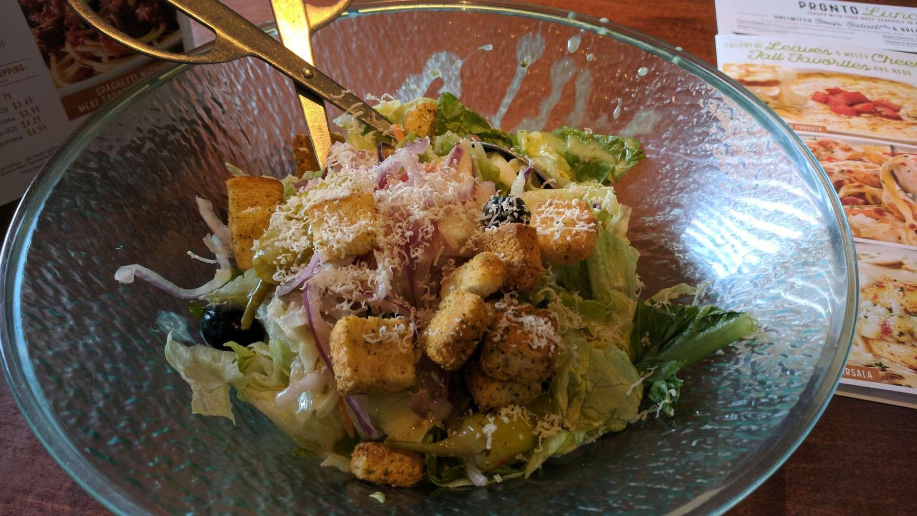 A salad at the Falls Church Olive Garden. (WTOP/Brandon Millman)