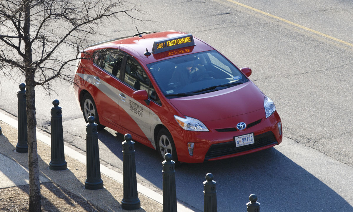 DC taxi rule overhaul could cut some regulations in age of Uber, Lyft