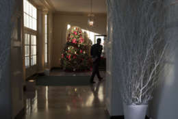 The Christmas tree is seen in the East Gardner room during a media preview of the 2017 holiday decorations at the White House in Washington, Monday, Nov. 27, 2017. (AP Photo/Carolyn Kaster)