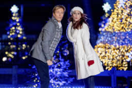 Jack Wagner performs during the lighting ceremony for the 2017 National Christmas Tree on the Ellipse near the White House, Thursday, Nov. 30, 2017, in Washington. (AP Photo/Andrew Harnik)