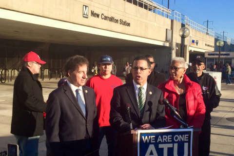 Md. congressmen announce legislation to improve Metro