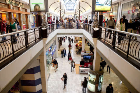 60 women unknowingly recorded in Va. malls' dressing rooms: police