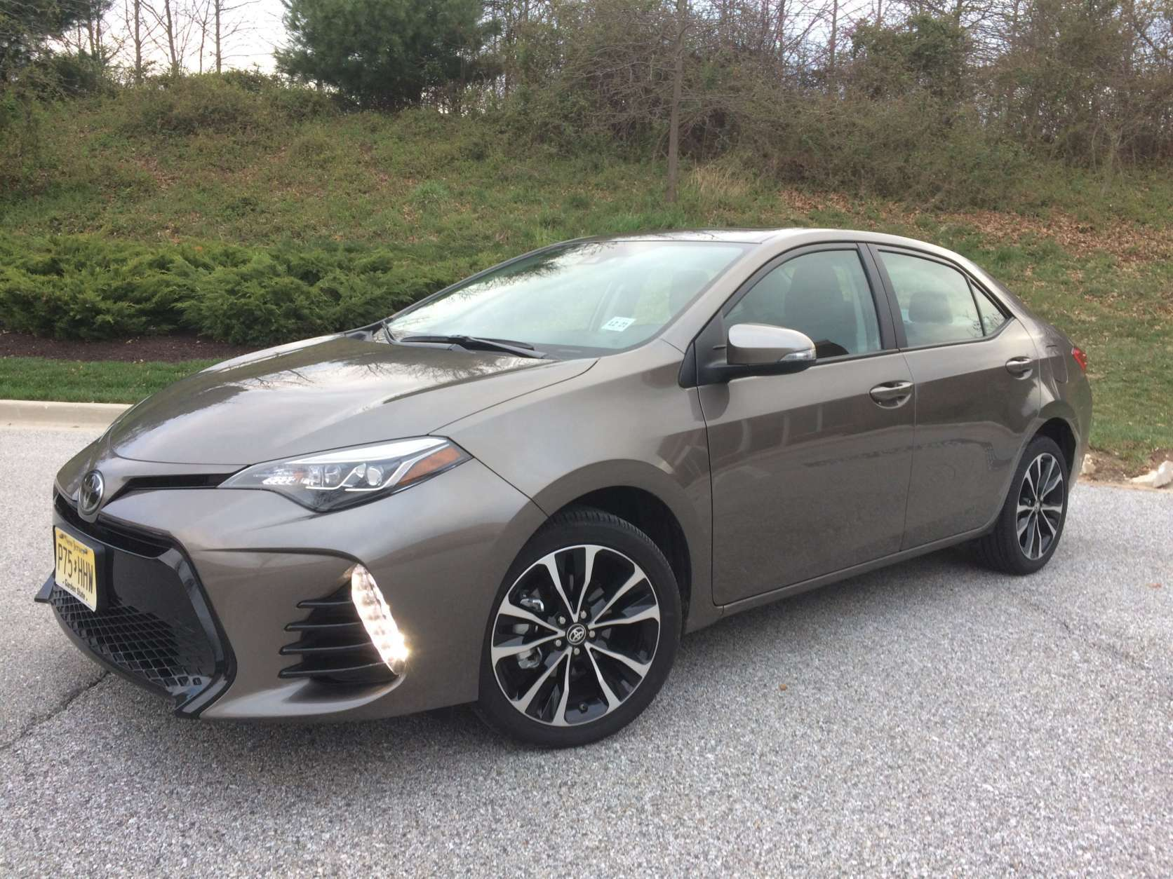 Car guy Mike Parris says the Toyota Corolla XSE is a roomy compact sedan with a stylish interior. (WTOP/Mike Parris)