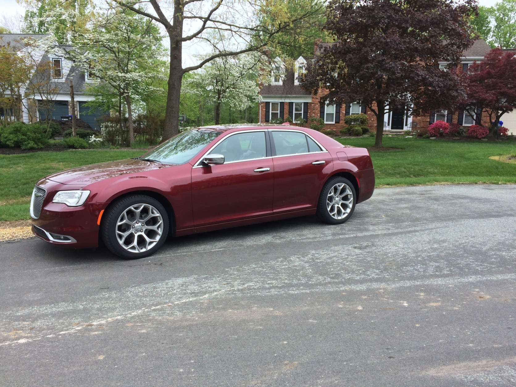 The look is pretty bold for a large sedan that tends to be more conservative in appearance. The Chrysler 300C Platinum differs with a more muscle-car attitude and style. There are large, 20-inch wheels that set this 300C apart from other lower trim models. (WTOP/Mike Parris)