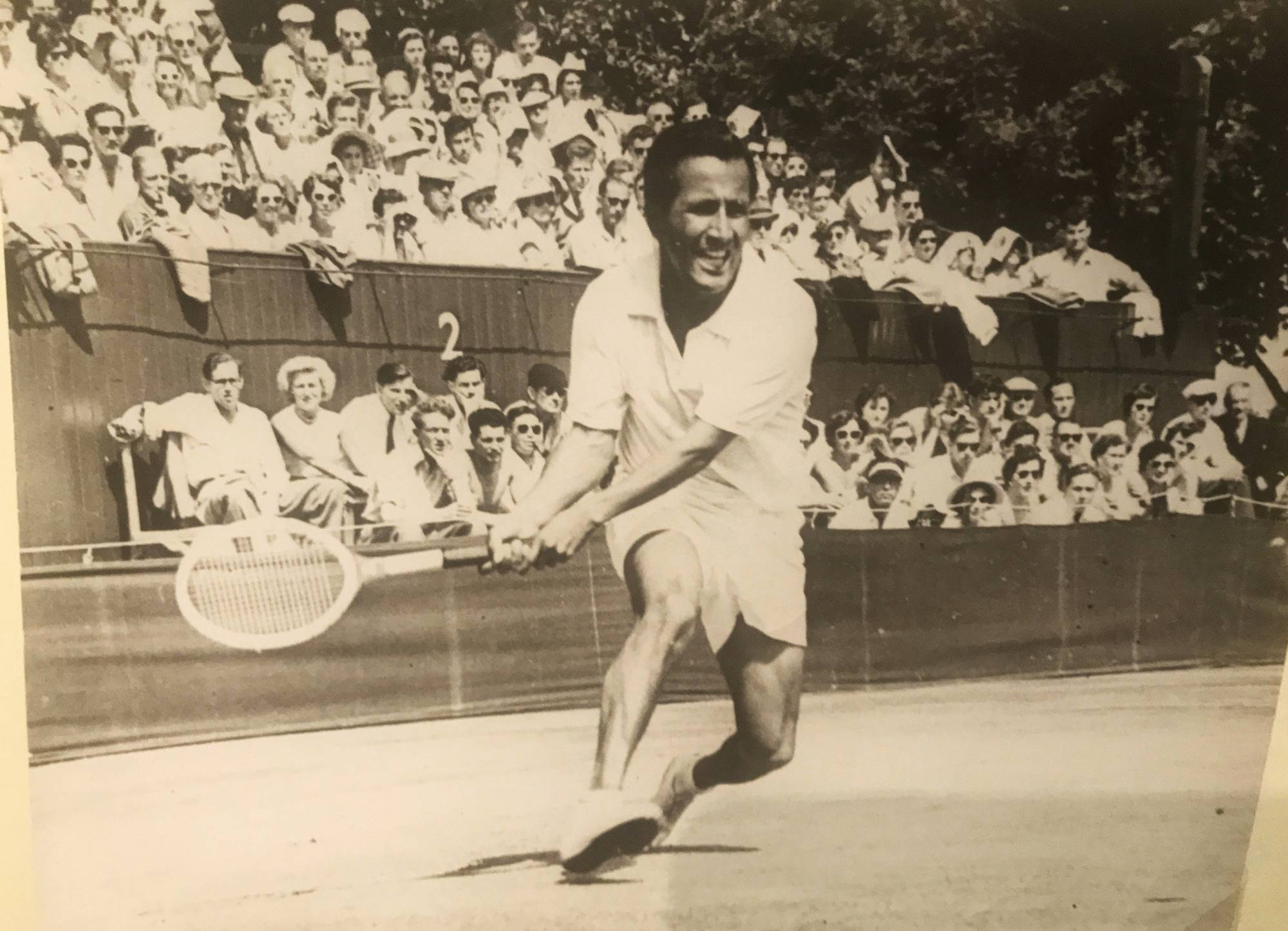 Tennis great Pancho Segura s at 96 coached Jimmy Connors