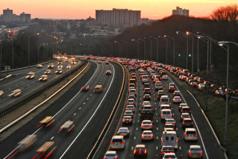 Travelers hit the road at the end of holiday weekend