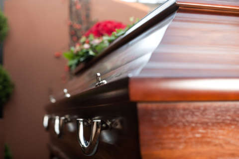 DC funeral home faces lawsuit after complaints with service, lack of proper licenses
