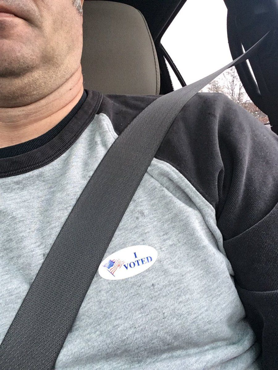 On Twitter, Tom Pounder (@tapounder) said when he voted, there were about five people at the polling station at Cardinal Ridge Elementary School in South Riding. (Courtesy @tapounder/Twitter)