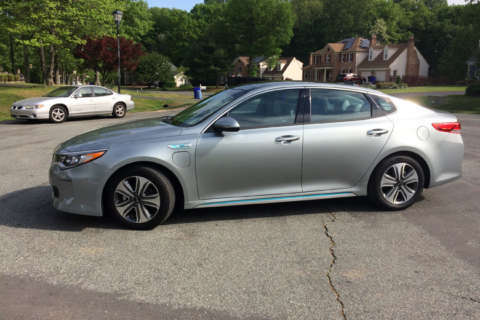 Kia Optima PHEV: Good for 29 miles before the gas engine kicks in