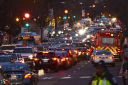 Many roads in downtown D.C. are clogged with traffic during the 2015 National Christmas Tree Lighting ceremony. (WTOP/Dave Dildine)