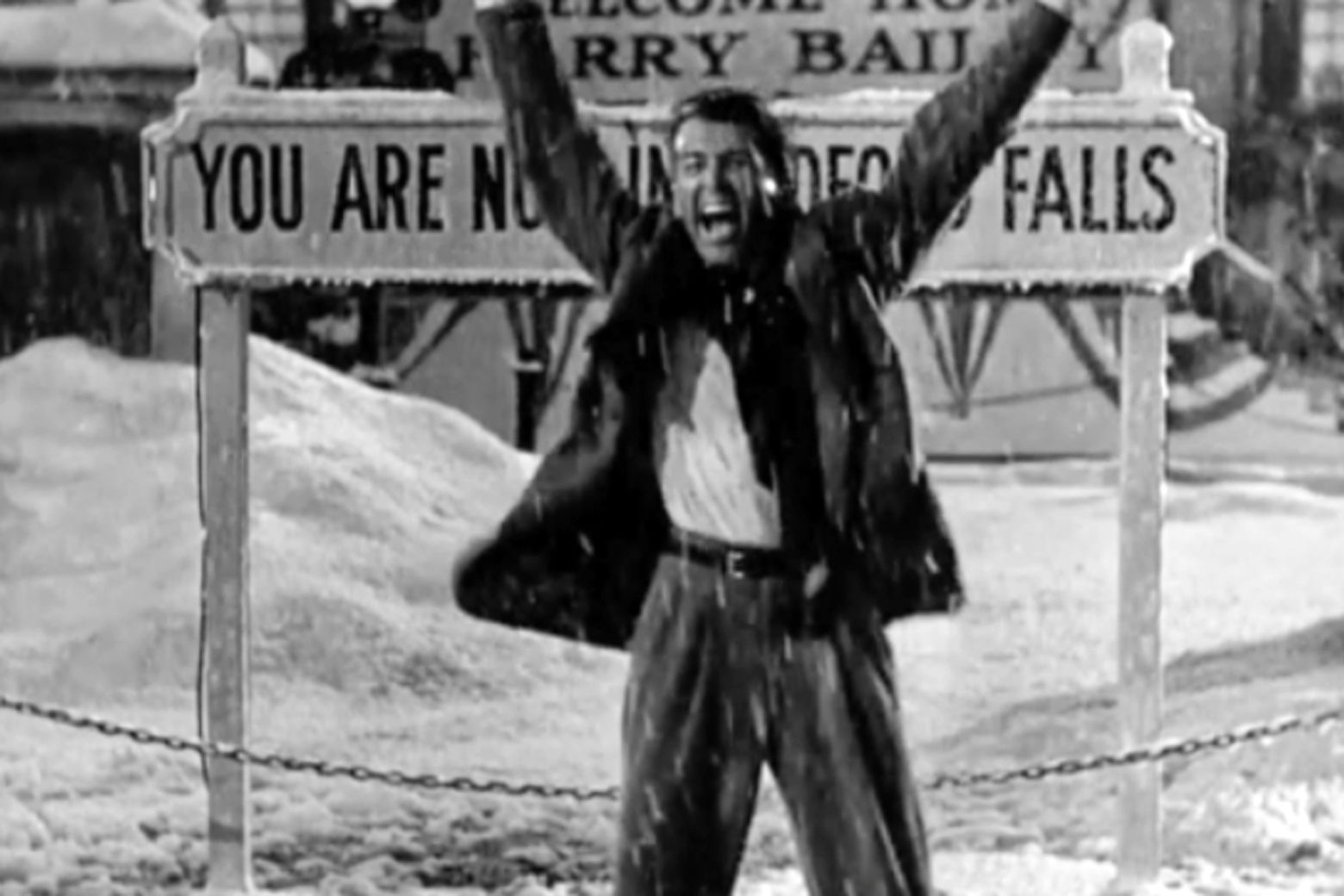 Downtown Frederick meets Bedford Falls with \'It\'s a Wonderful Life ...