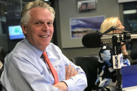 McAuliffe in New Hampshire to campaign for Kelly