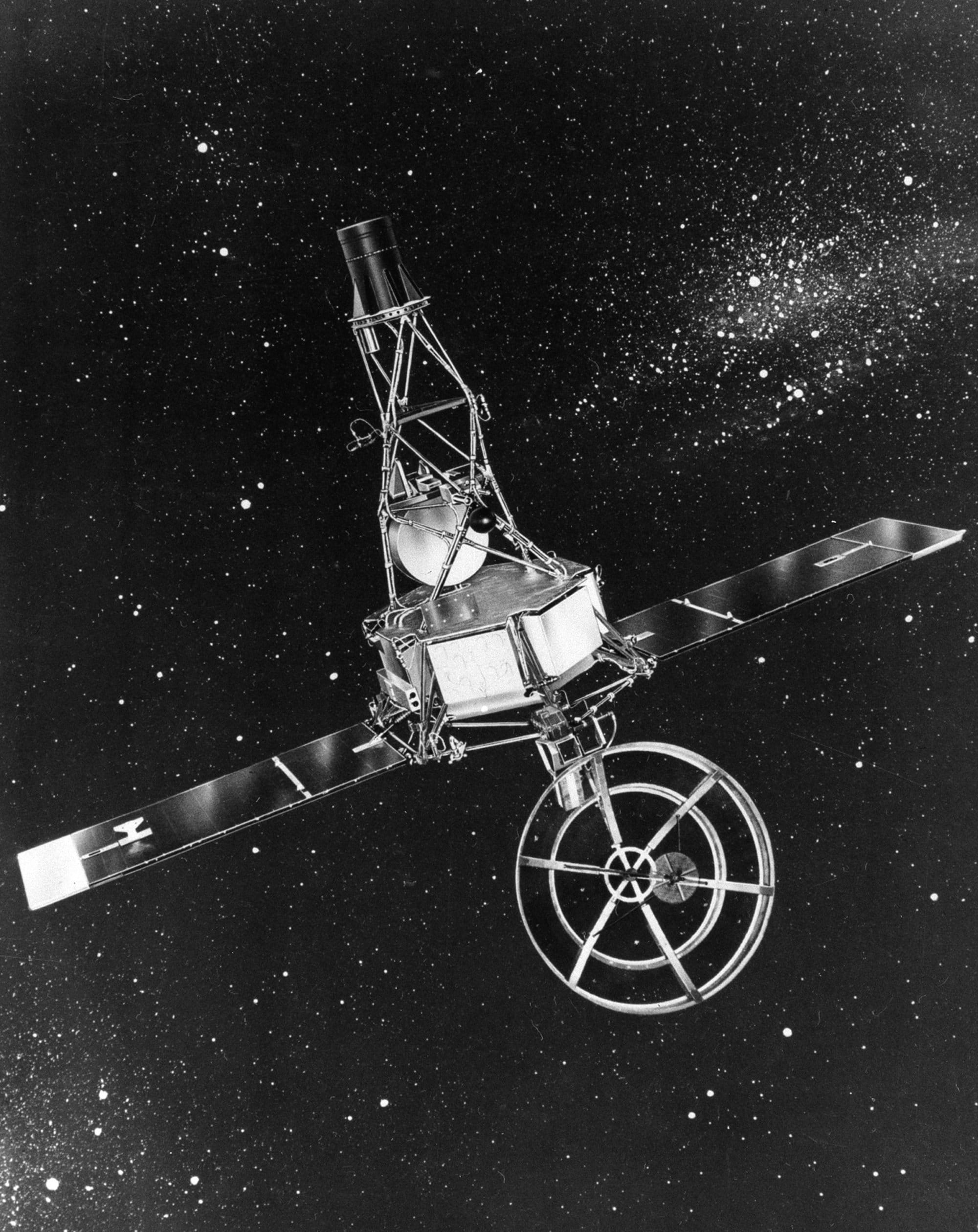 This is a Mariner 2 spacecraft that was hurled aloft this morning from Cape Canaveral, Fla., Aug. 27, 1962, on a 109-day flight toward the planet Venus.  An hour after the launch, a tracking station at Woomera, Australia, picked up signals that indicated the spacecraft had unfolded properly and that the solar panels were supplying power to the craft's batteries.  (AP Photo/NASA)