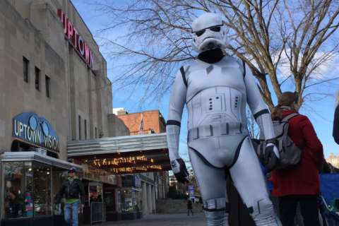 'Star Wars' fans line up in DC for new movie, bursting with dedication