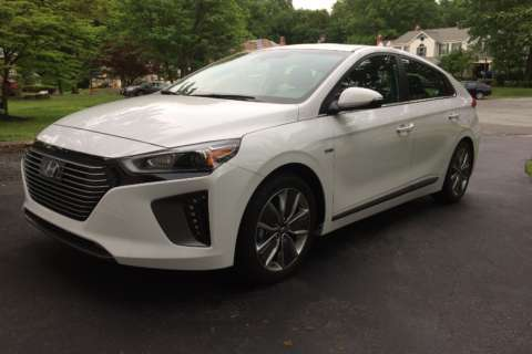 2017 Hyundai Ioniq Hybrid tries to outdo the venerable Prius