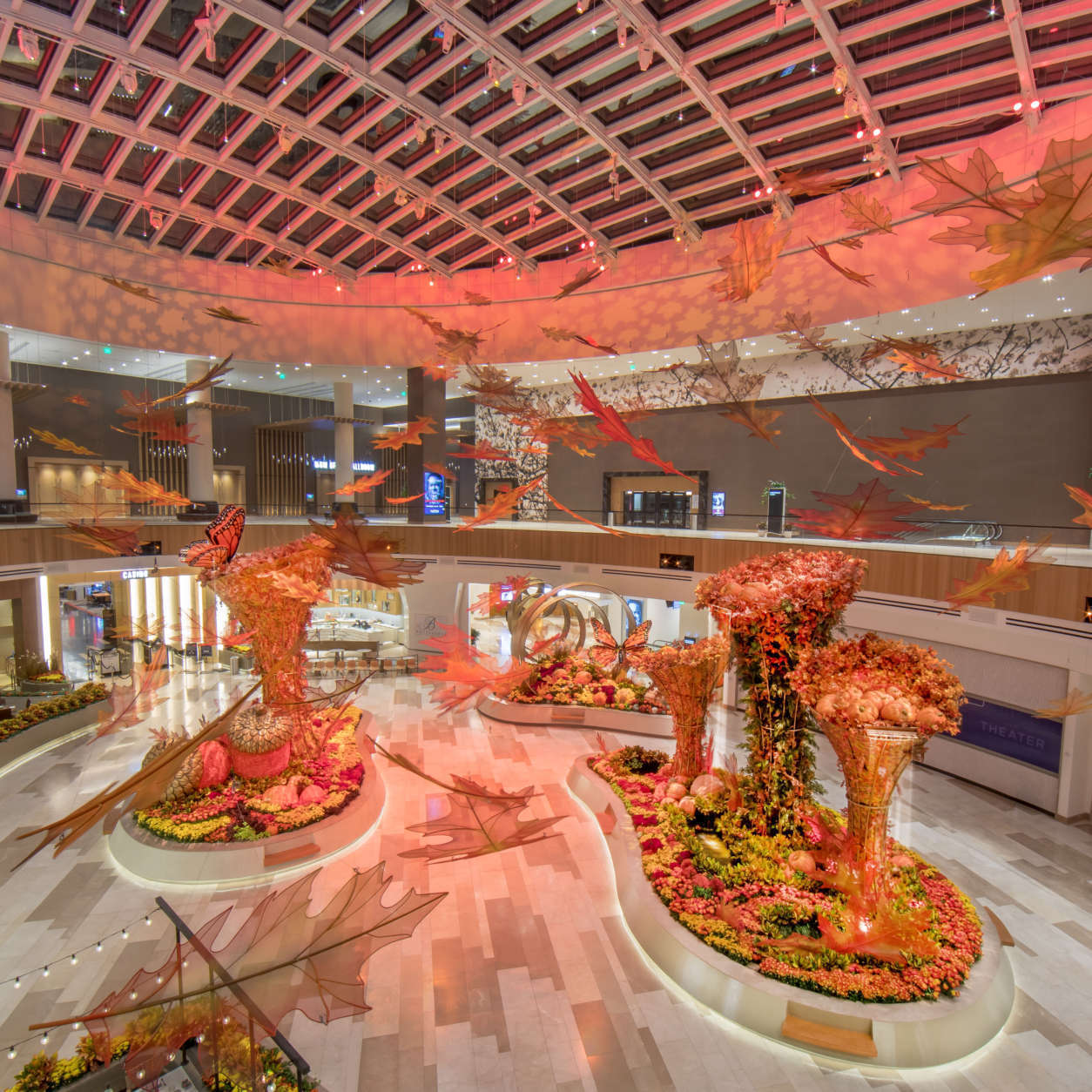 MGM National Harbor welcomed fall with the Falling Water display.