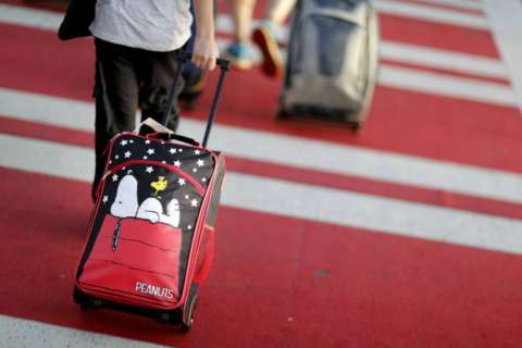 Travel tips to keep the kids happy on long holiday trips