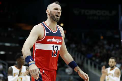 Wizards trade Marcin Gortat for Clippers' point guard Austin Rivers