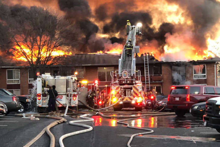 Suitland_fire A Fire Destroyed Apartments At The Carriage Hill Complex Dec.  19, 2017. (Courtesy Twitter/Ritchie Volunteers)