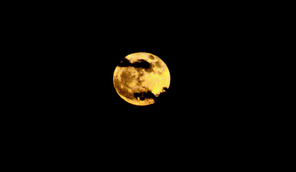 December's Full Cold Supermoon as seen at sea in the Atlantic. (WTOP/Greg Redfern)